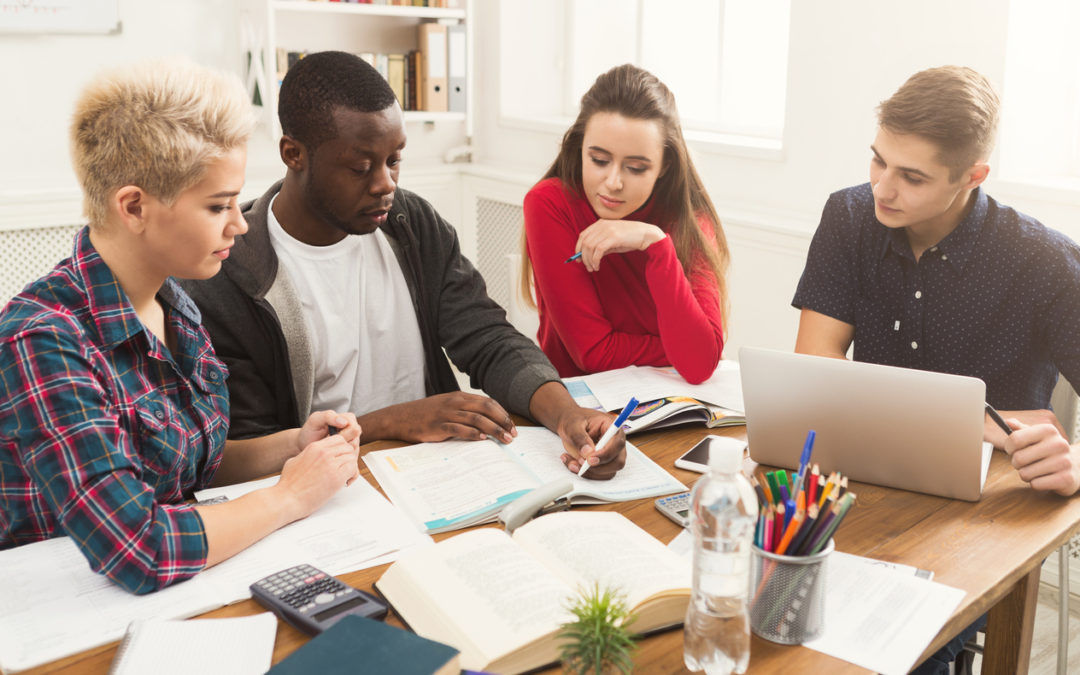 Why An Associate Degree Might Be The Best Choice For You