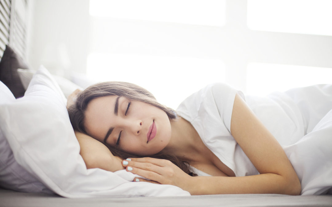 10 Simple Ways to Get Better Sleep While Studying Online